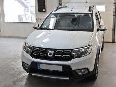 Dacia Sandero 2018 - Tolatóradar és tolatókamera