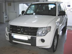 Mitsubishi Pajero 2010 - Tempomat, riasztó, tolatóradar