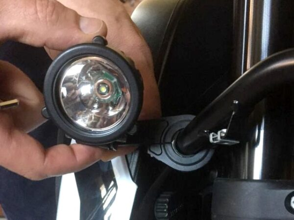 Interphone LED nappali menetfény konzol 3